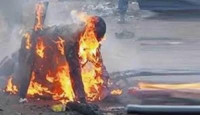 Suspected Fowl Thief Set Ablaze In Calabar